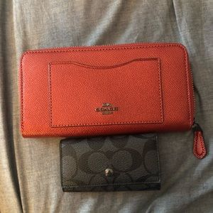 Coach wallet and key holder